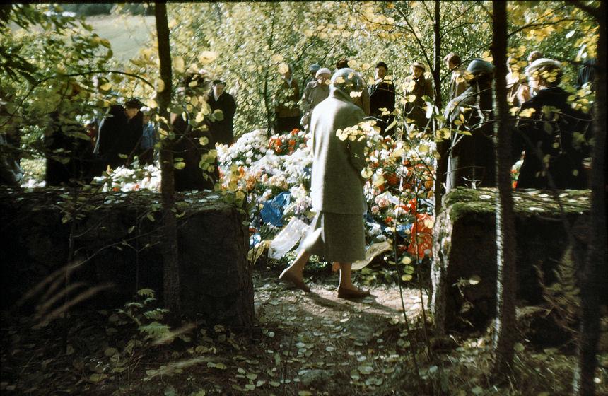 Sibeliuksen haudalla